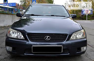 Lexus IS 200 2.0МТ 1999