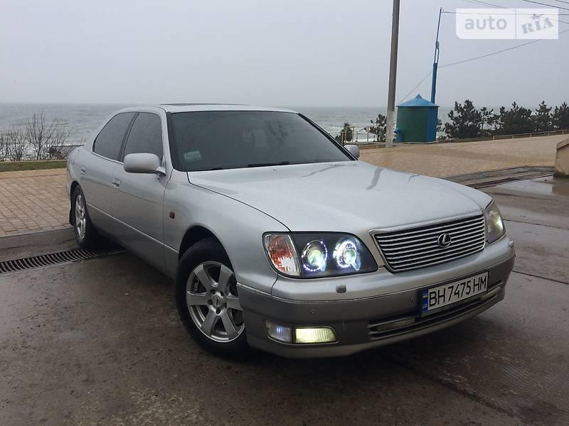 Lexus LS 1998 року