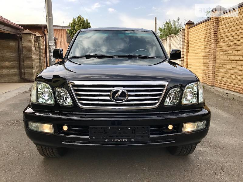 Lexus LX 2005 года