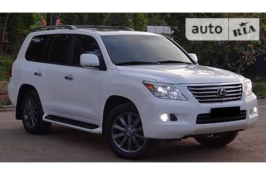 Lexus LX 570 LUXURY  2011