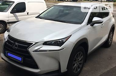 Lexus NX 300  h 2.5 AT 2015