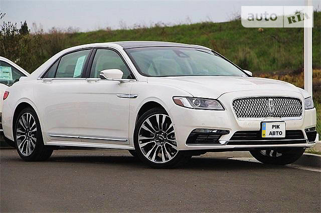 Lincoln Continental 2017 року