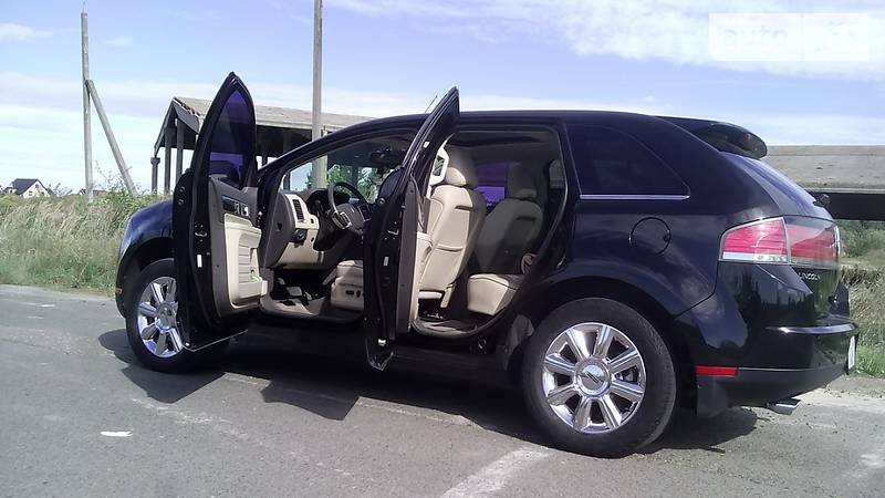 Lincoln MKX 2008 года