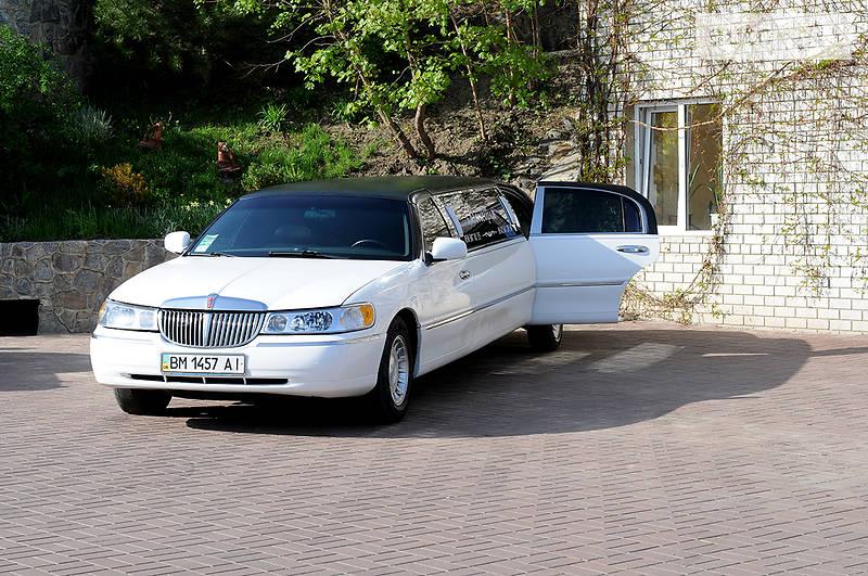 Lincoln Town Car 1998 года
