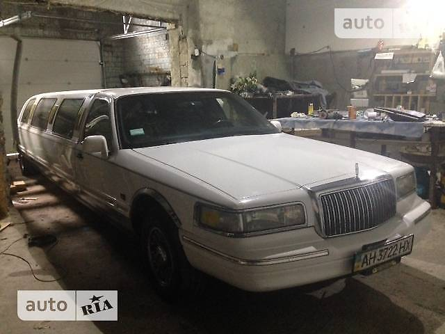 Lincoln Town Car 1996 года
