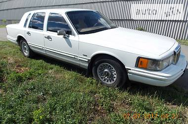 Lincoln Town Car  1992