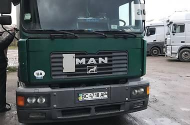 MAN 18  2001