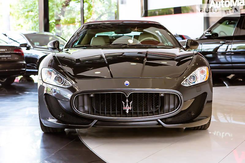 Maserati GranCabrio 2010 года