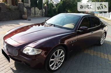 Maserati Quattroporte official 2006