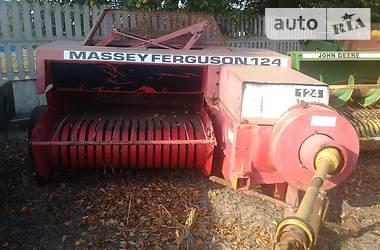 Massey Ferguson 124   1998
