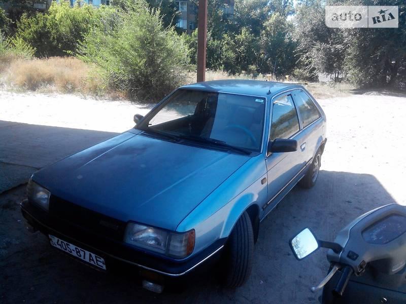 Mazda (Мазда) 323 (323) 1986