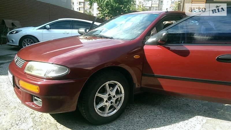 Mazda 323 1996 года