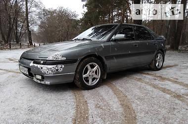 Mazda 323 F 1992