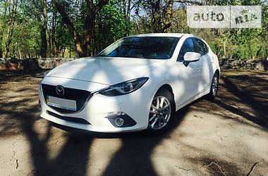Mazda 3 Touring + 2013