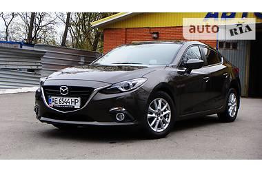 Mazda 3 Touring + 2016