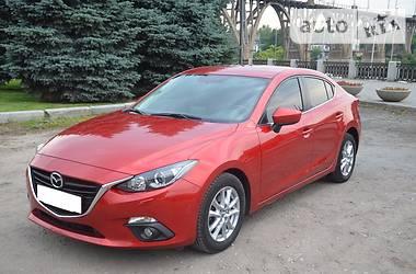 Mazda 3 1.5 AT 2014