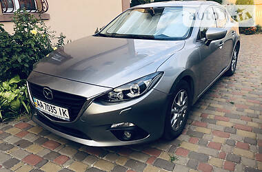 Mazda 3 Touring Official 2015