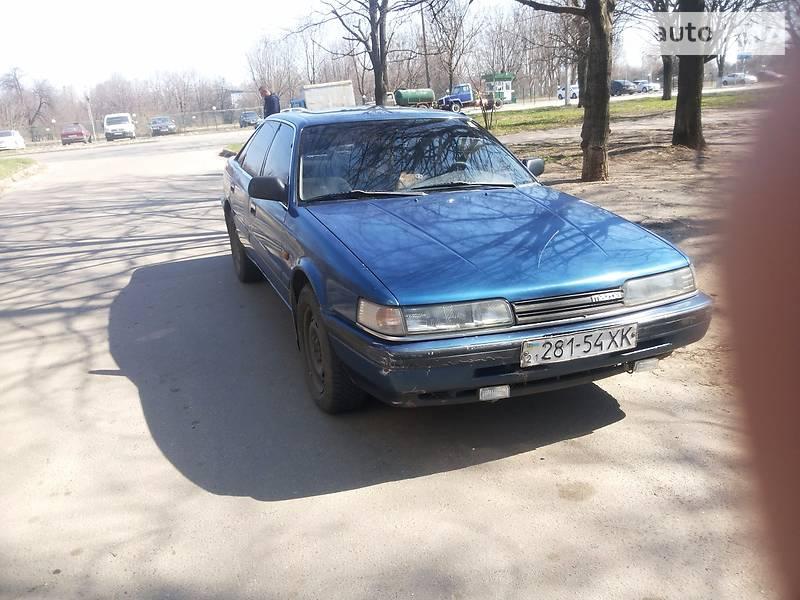 Mazda 626 1988 року