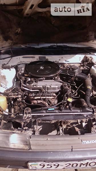 Mazda 626 1987 года