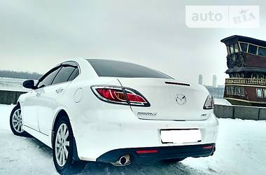 Mazda 6 SkyActive Luxury 2012