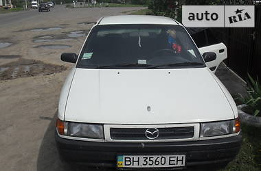 Mazda Familia  1990