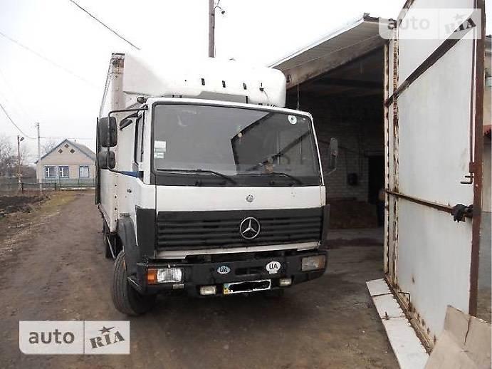 Mercedes-Benz 1213