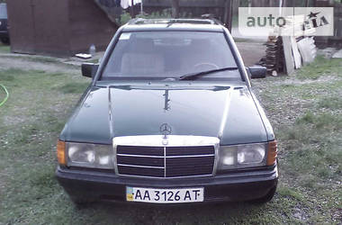 Mercedes-Benz 190  1989
