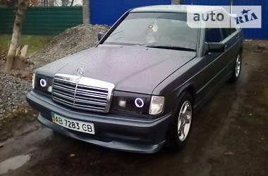 Mercedes-Benz 190  1987