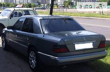 Mercedes-Benz 200 E200 1988