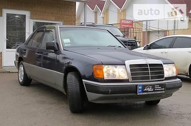 Mercedes-Benz 200  1986