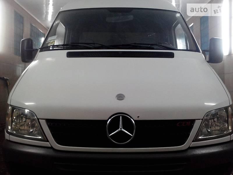 Mercedes-Benz 208 груз.