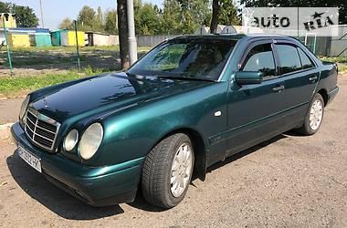 Mercedes-Benz 220 1997