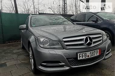 Mercedes-Benz 220  2013