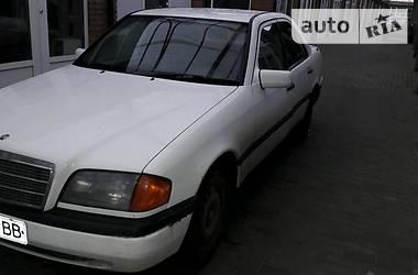 Mercedes-Benz 220  1994