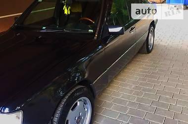 Mercedes-Benz 240  1993