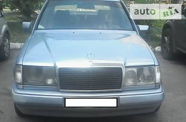 Mercedes-Benz 250  1986
