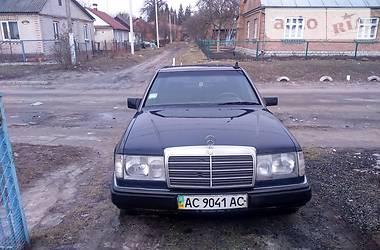 Mercedes-Benz 250  1989
