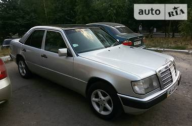 Mercedes-Benz 250 d 1987