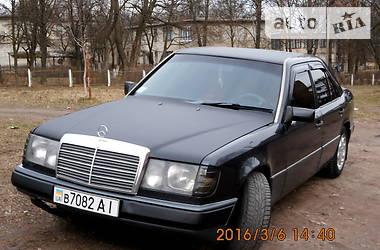 Mercedes-Benz 260  1993