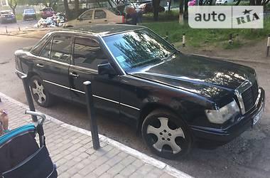 Mercedes-Benz 260 E260 1989