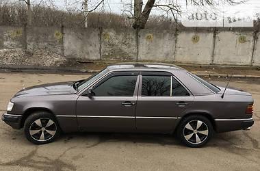 Mercedes-Benz 300  1992