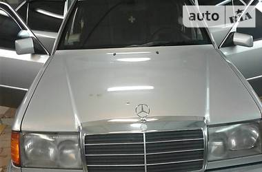 Mercedes-Benz 300  1988