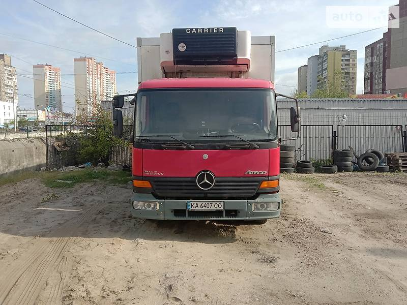 Mercedes-Benz Atego 715