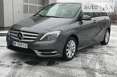 Mercedes-Benz B 180 RESTAIL 2013