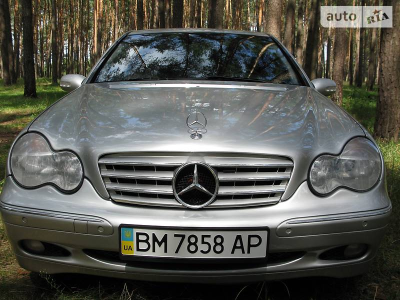 Mercedes-Benz C 240