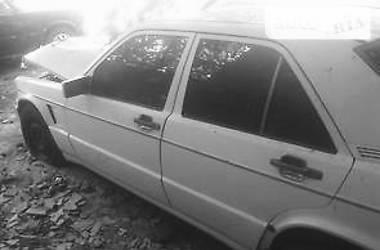 Mercedes-Benz C-Class  1986