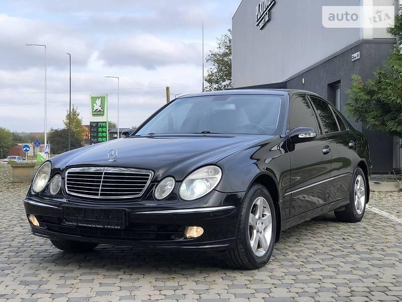 Mercedes-Benz E 180