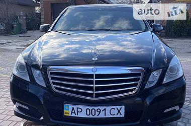 Mercedes-Benz E 300  2010