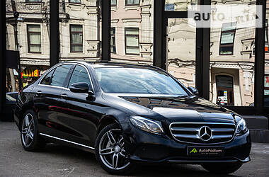Mercedes-Benz E 300 4 Matic 2017