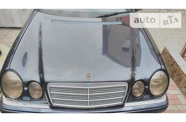 Mercedes-Benz E-Class w210 e280 1997
